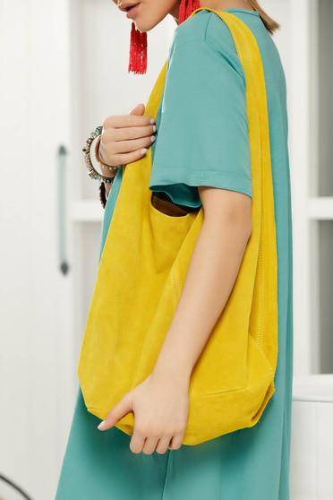 Sárga közepes hosszúságú fülekkel ellátott táska