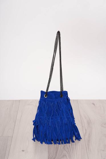 Kék rojtos casual táska hosszú, lánc jellegű akasztóval