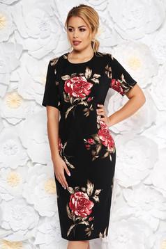 Fekete elegáns ruha szűk szabás rövid ujjakkal finom tapintású anyag virágmintás díszítéssel
