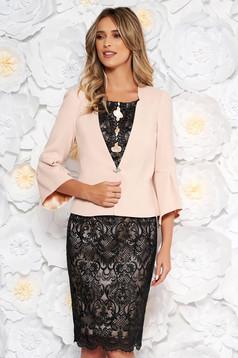 0a65a600d7 Rózsaszínű elegáns női kosztüm rugalmatlan szövet belső béléssel ...