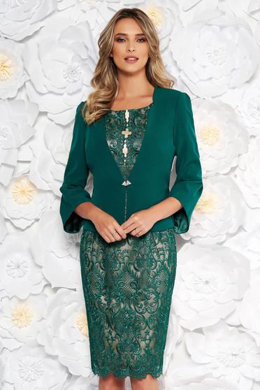 Zöld elegáns két részes női kosztüm csipkés anyagból
