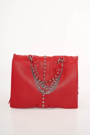 Piros táska casual fémes szegecsekkel