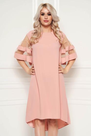 Világos rózsaszín elegáns bő szabású aszimetrikus ruha vékony anyagból