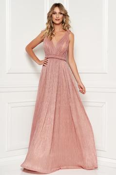 Világos rózsaszín alkalmi harang ruha mellrésznél szivacsos v-dekoltázzsal strassz köves díszítéssel