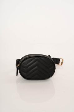 Fekete casual táska steppelt anyagból
