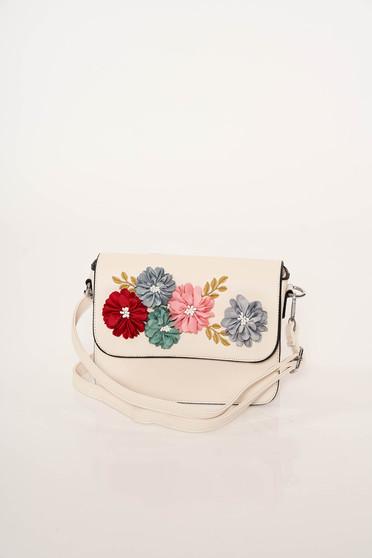 Ivory elegáns műbőr táska virágos díszekkel