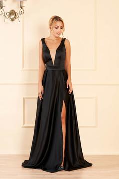 Fekete alkalmi harang ruha szaténból mély v-dekoltázzsal