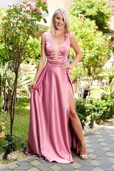 Lila elegáns szatén harang ruha v-dekoltázzsal