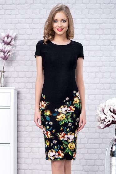 Fekete elegáns alkalmi virágmintás midi ceruza ruha csíkozott anyagból rövid ujjakkal