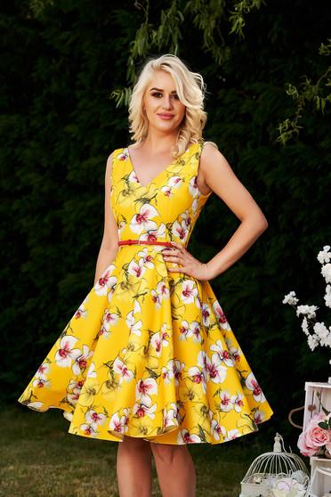 Sárga virágmintás alkalmi elegáns harang StarShinerS ruha mély dekoltázs