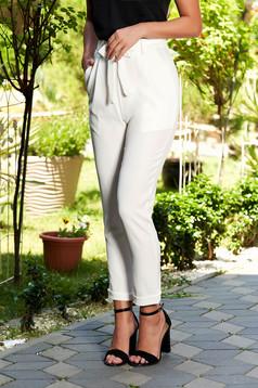 Fehér nadrág casual hosszú elöl zsebes övvel ellátva
