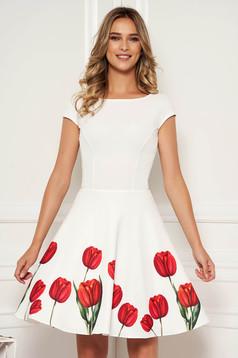 Ivory virágmintás elegáns alkalmi rövid harang StarShinerS ruha kivágott hátrésszel