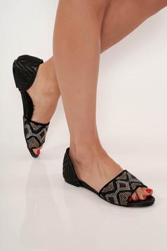 Fekete lapos talpú casual cipő