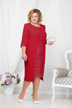 Piros alkalmi elegáns egyenes midi ruha szivacsos vállrésszel hímzett betétekkel