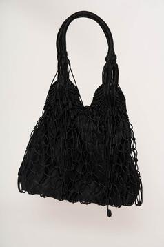 Fekete casual táska közepes hosszúságú fülekkel