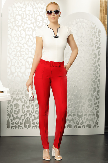 Piros kónikus elegáns nadrág öv típusú kiegészítővel