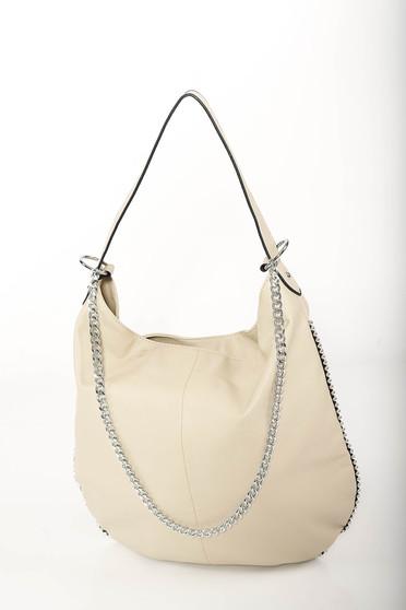 Krém casual táska műbőrből fém lánccal van ellátva