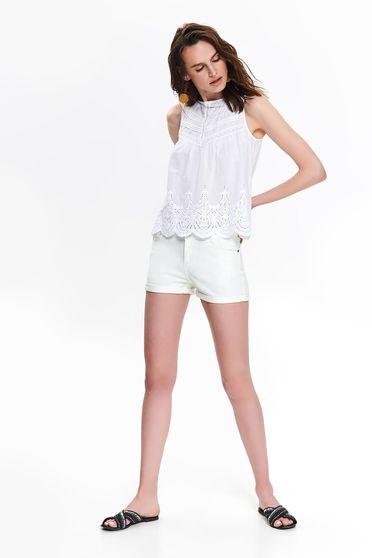 Fehér női blúz bő szabású ujj nélküli casual pólónyakkal