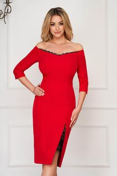Piros StarShinerS elegáns midi ceruza ruha szövettel vékony anyagból háromnegyedes ujjakkal csipke díszítéssel
