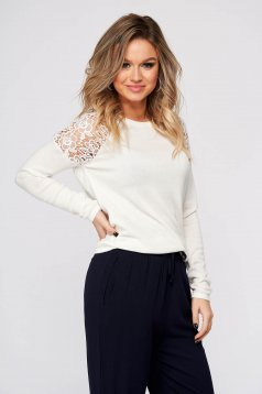 Fehér casual rövid hímzett bő szabású pulóver pólónyakkal