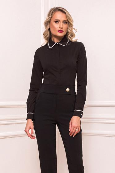 Fekete női ing elegáns rövid szűk szabású pamutból készült gyöngy díszítéssel enyhén rugalmas anyagból gombokkal zárható
