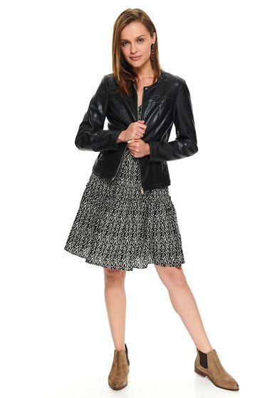 Fekete karcsusított szabású casual rövid dzseki műbőrből