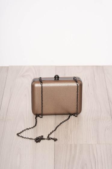 Arany alkalmi műbőr táska eltávolítható vékony lánccal és egy kapoccsal zárható
