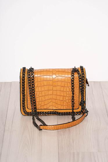Mustársárga elegáns kígyómintás táska műbőrből cipzárral