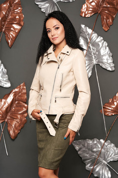 Krémszínű casual rövid műbőr dzseki cipzáros zsebekkel és cipzáros ujjakkal