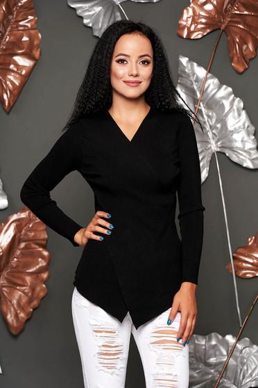 Fekete casual aszimetrikus szűk szabású kötött pulóver csíkozott anyagból v-dekoltázzsal