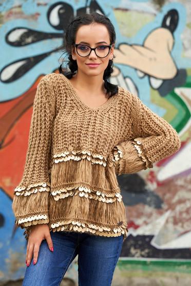 Barna casual bő szabású rövid pulóver flitteres díszítéssel v-dekoltázzsal kötött anyagból