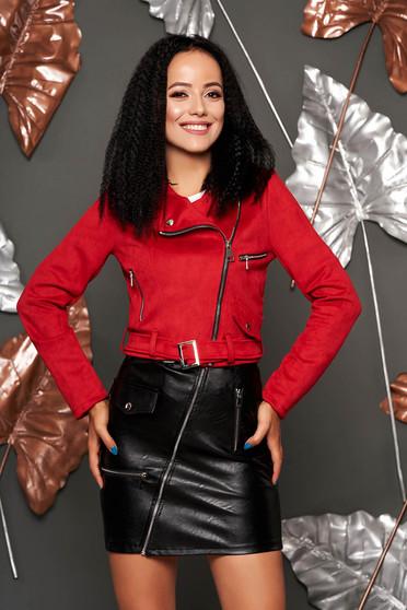Burgundy műbőr casual fém csattal díszített rövid zsebes dzseki
