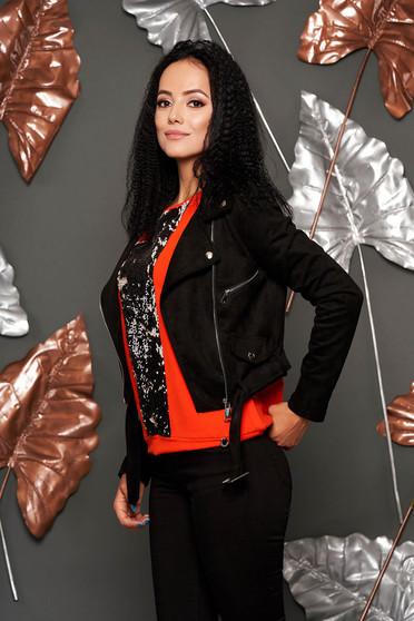 Fekete műbőr casual fém csattal díszített rövid zsebes dzseki