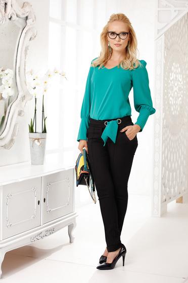 Zöld elegáns egyenes nadrág zsebekkel szövettel vékony anyag