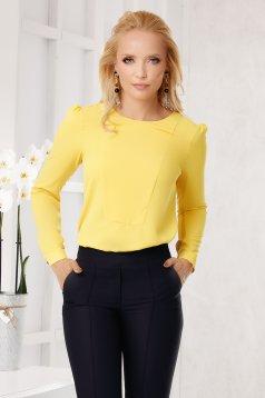 Sárga elegáns bő szabású női blúz pólónyakkal muszlinból hosszú ujjakkal
