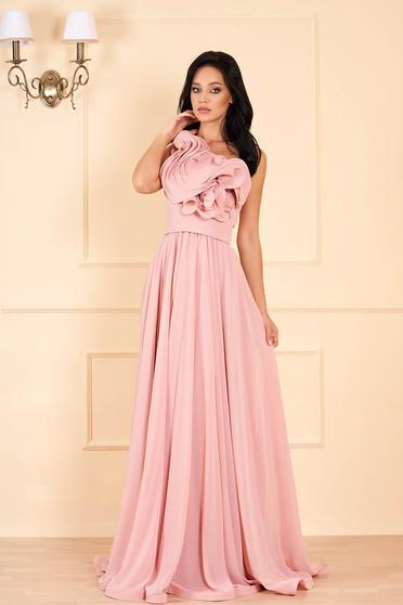 Barackvirágszínű Ana Radu luxus egy vállas fodros ruha muszlinból béléssel övvel ellátva