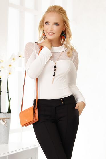 Fehér elegáns pamutból készült rövid női ing hosszú ujjakkal