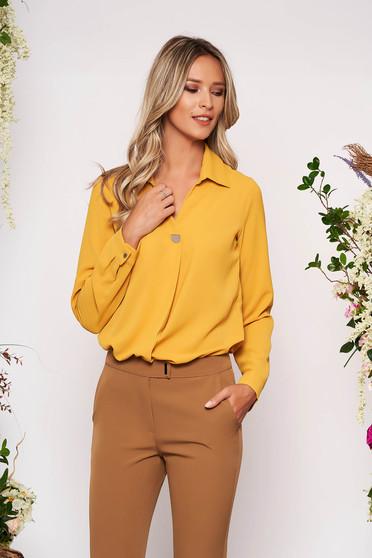 Mustársárga elegáns rövid galléros női ing szellős anyagból hosszú ujjakkal