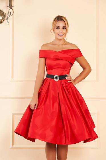 Piros alkalmi pöttyös midi harang ruha szatén anyagból