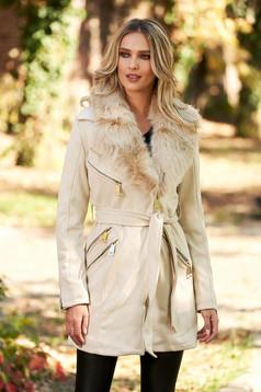 Krémszínű casual zsebes dzseki bársonyos anyagból béléssel szőrme gallérral