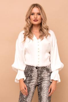 Fehér elegáns bő szabású női ing v-dekoltázzsal szatén anyagból
