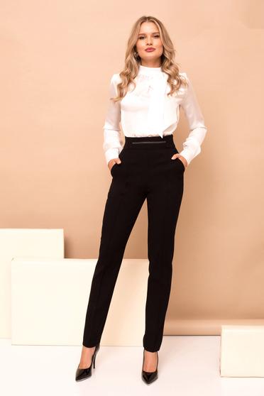 Fekete magas derekú nadrág zsebekkel