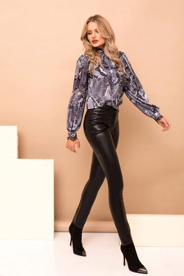 Fekete magas derekú egyenes hosszú nadrág zsebekkel
