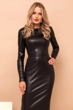 Fekete egyenes midi ruha hosszú ujjakkal