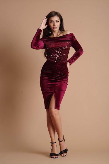 Burgundy ruha alkalmi midi ceruza bársonyból flitteres díszítéssel hosszú ujjakkal bélés nélkül