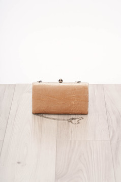 Cappuccinobarna alkalmi szatén jellegű szintetikus fordított bőr felsőrész táska hosszú, lánc jellegű akasztóval
