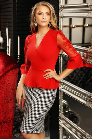 Piros szűk szabású női ing tűl kiegészítővel csipke díszítéssel v-dekoltázzsal peplummal 3/4-es ujjakkal