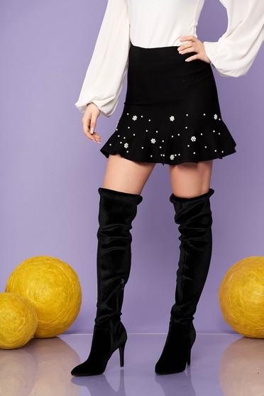 Fekete elegáns rövid kötött fodros harang szoknya gyöngy díszítéssel