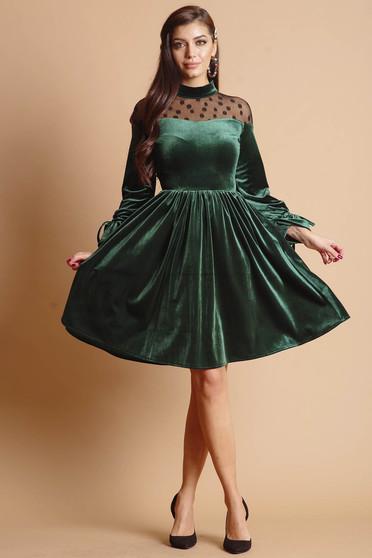 Zöld midi alkalmi bársony harang ruha hímzett tüllel és hosszú ujjakkal