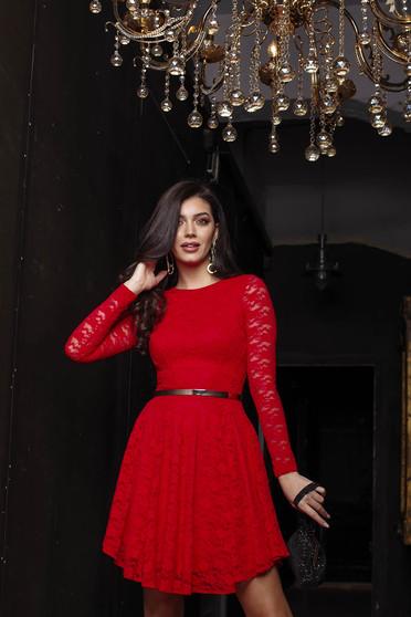 Piros alkalmi harang ruha csipkés anyagból béléssel hosszú ujjakkal rugalmas anyagból